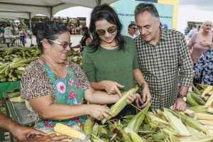 Luciano Cartaxo participa da abertura do III Festival do Milho da Cecaf