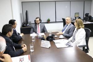 Aguinaldo Ribeiro se reúne com prefeitos paraibanos no Ministério das Cidades