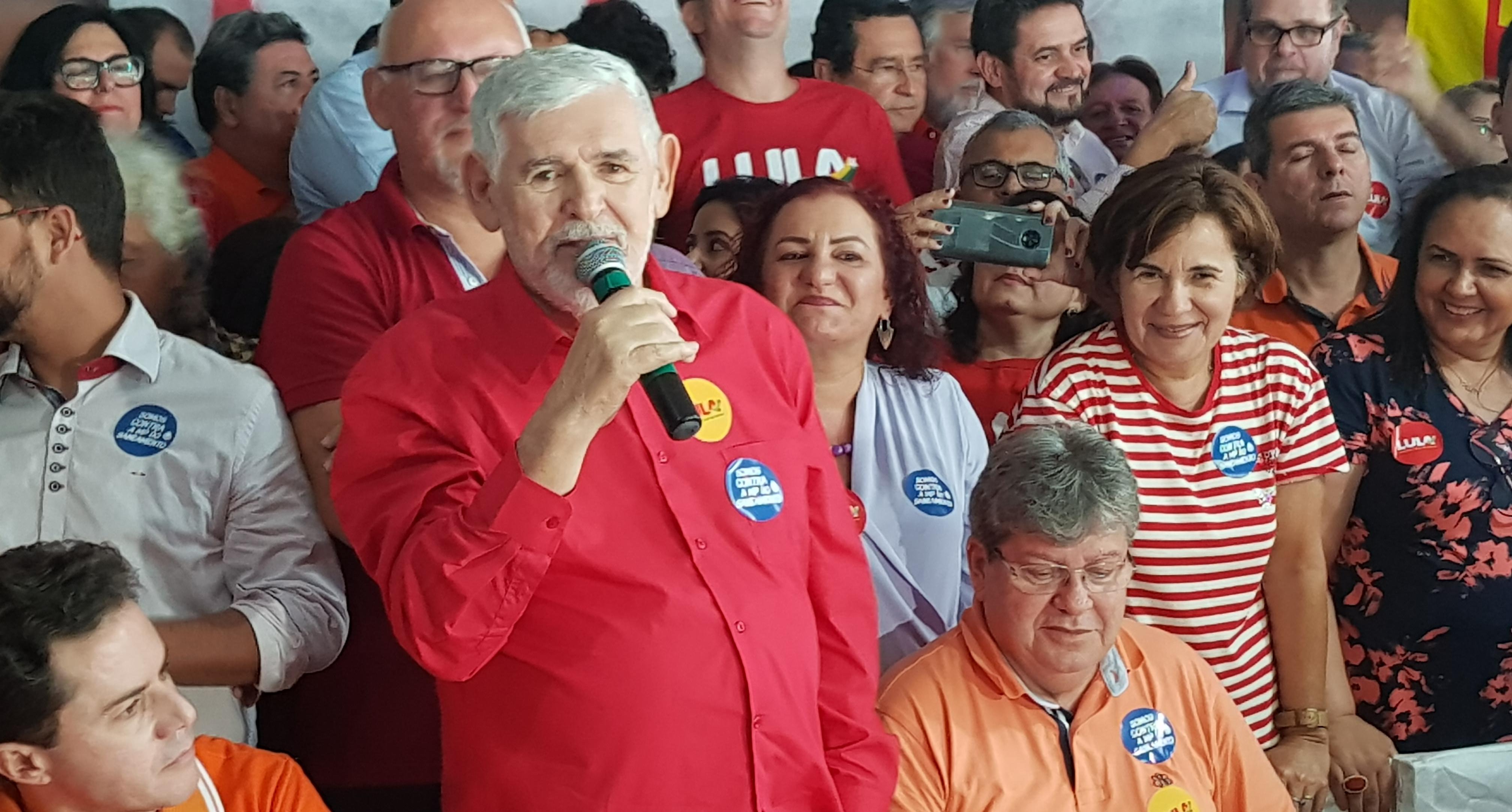 Couto diz que consultou Lula para definir candidatura ao Senado e destaca coerência política na trajetória com PSB