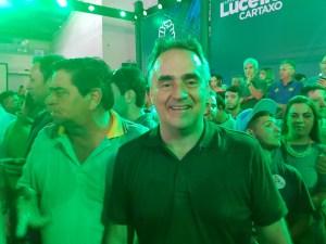 """""""Vamos fazer barba, cabelo e bigode"""", diz Luciano durante convenção do PV"""