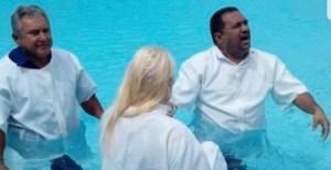 BASTIDORES: Evangélica, ex-prefeita do Conde se batiza no fim de semana; veja fotos
