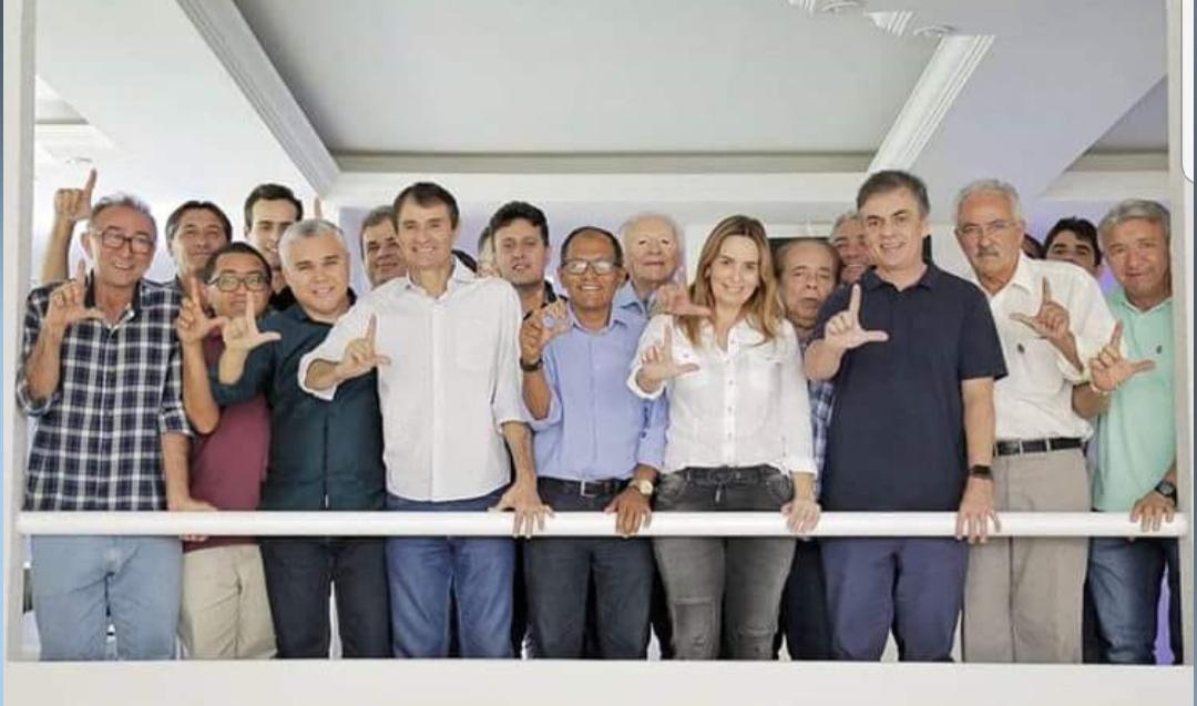 Cássio, Daniella, Romero e Enivaldo se reúnem com vereadores em CG e pregam unidade do grupo