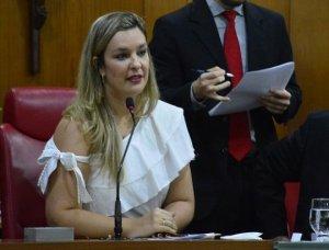 Pela quarta vez, Camila é escolhida como deputada mais atuante na Assembleia