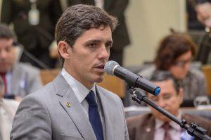 Tovar Correia cobra sanção de lei que cria Carteira de Identificação do Autista