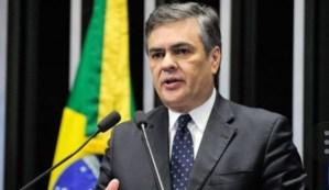DEU NO ESTADÃO: senador paraibano acusa Temer de retaliar estado da Paraíba