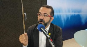 Tárcio Teixeira rebate acusações de Julian Lemos e diz que o ódio deve ser superado