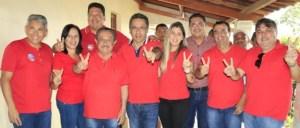 Zé Maranhão recebe adesão da ex-prefeita de Mogeiro e participa de procissão e show de Pe. Nilson em Arara