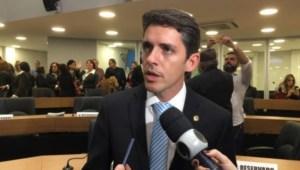 Tovar diz que falta vontade política para acabar sofrimento com seca na Paraíba