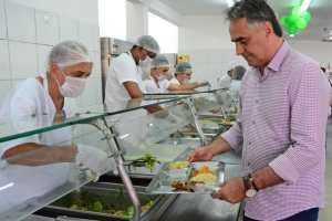 Restaurante Popular de Mangabeira completa 4 anos oferecendo refeições a R$ 1 à população