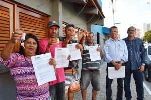 Prefeitura de João Pessoa entrega aos comerciantes chaves dos quiosques no bairro São José