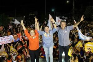 Lindolfo Pires é recebido por milhares de pessoas em comício histórico na cidade de Sapé