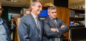 Eleito deputado federal, Julian Lemos recebe missão de melhorar desempenho de Bolsonaro no Nordeste