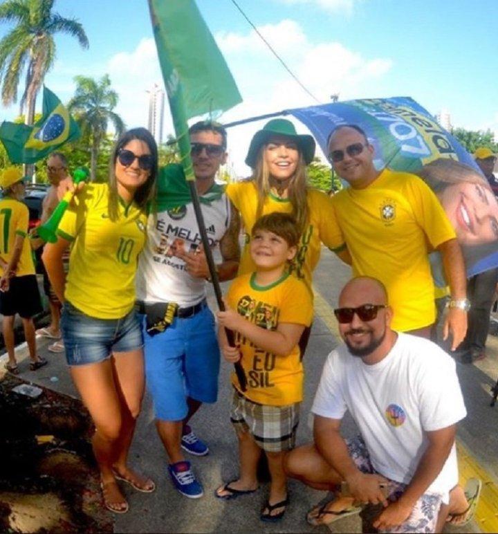 Ricardo vai à justiça para proibir Pâmela de levar o filho em manifestações de Bolsonaro
