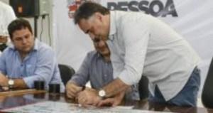 Luciano Cartaxo libera R$ 1,3 milhão em microcrédito do Banco Cidadão