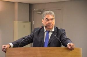 Na ALPB, Lindolfo apresenta requerimento de apelo a equipe de transição do governo Bolsonaro