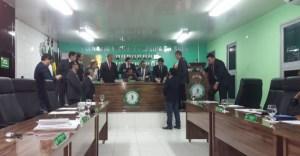 """Com decisão da justiça, vereadores vivem dilema sobre """"data apropriada"""" para cassar Berg Lima"""