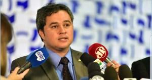 """A única bandeira é da Paraíba"", diz Efraim após ser eleito coordenador da bancada federal"