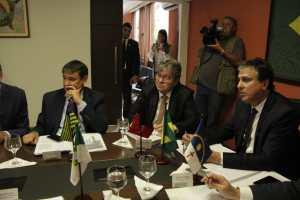 Em Brasília, João participa de reunião com governadores e defende projetos que garantem mais recursos aos Estados