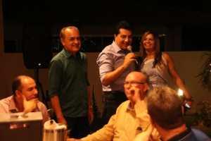 Corujinha faz confraternização com prefeito, vereadores de situação e oposição em sua casa