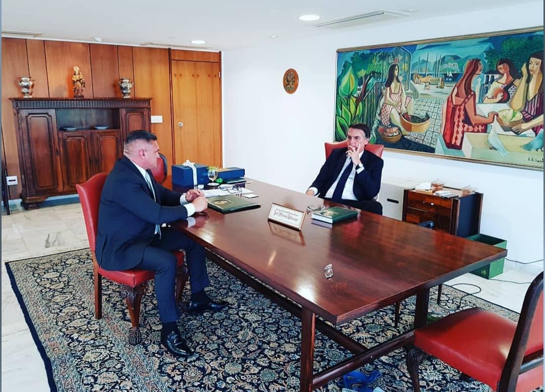 BASTIDORES: Bolsonaro recebe Julian Lemos em audiência no Palácio do Planalto