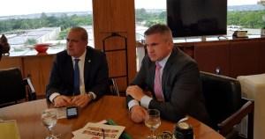 Julian Lemos se reúne com Onyx Lorenzoni para discutir ocupação de cargos federais na Paraíba