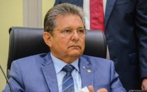 Adriano Galdino critica reformas na Assembleia Legislativa feitas por Gervásio