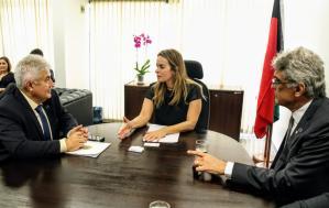 Daniella Ribeiro recebe Ministro da Ciência, Tecnologia, Inovações e Comunicações