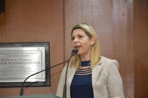 Eliza protocola projeto que estabelece as dez medidas de segurança nas escolas de João Pessoa