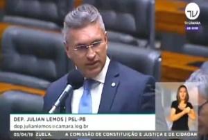 """""""A Paraíba é a república da corrupção"""", dispara Julian Lemos na tribuna da Câmara Federal"""