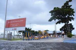 Cartaxo inaugura primeira praça 100% inclusiva da Paraíba e pessoas com necessidades especiais ganham espaço