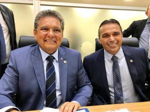 BASTIDORES: Adriano Galdino é convidado para presidir o Avante na Paraíba