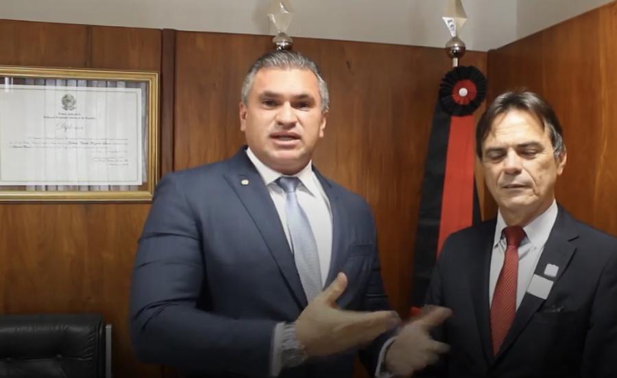 Julian Lemos garante investimentos no montante de  R$ 790 Mil para Saúde e Educação de Juazeirinho