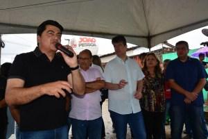 Prefeitura de João Pessoa entrega pavimentação de 13 ruas na Comunidade do Taipa