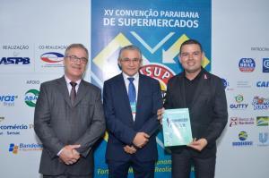 Ruan Martins prestigia CONSUPER 2019 e reúne 8 mil empresários