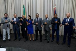 Deputados estaduais do PSL no Nordeste assinam aliança de apoio a Bolsonaro