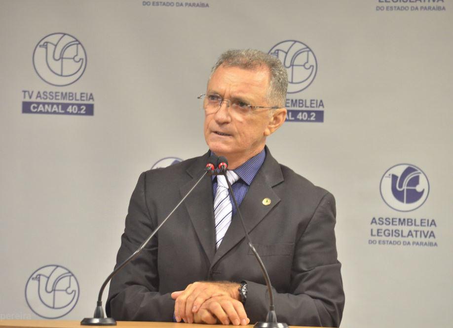 Galego Souza defende regulamentação da profissão de redeiros e ressalta importância da atividade para economia da Paraíba