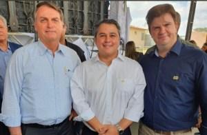 VÍDEO: Ao lado de Efraim Filho, Bolsonaro anuncia ações para Paraíba