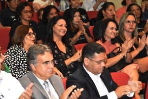 Maísa Cartaxo prestigia concerto dos alunos do projeto Ação Social Pela Música no Fórum Cível da Capital