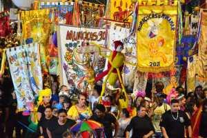 Com parceria da Prefeitura de João Pessoa, bloco Muriçocas do Miramar faz a alegria dos foliões na Capital