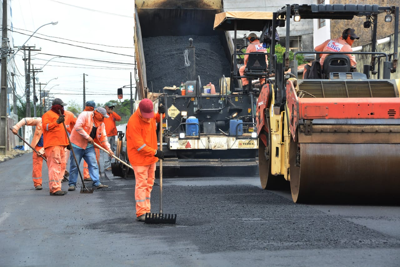 Programa Ação Asfalto supera 190 km de vias asfaltadas em João Pessoa