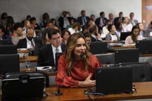 Senadora Daniella defende a criação de Comissão de Negociação nas instituições de ensino