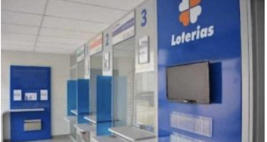 Bolsonaro decreta reabertura de casas lotéricas em todo país