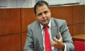 POLÊMICA: Após ingressar no PSDB, Marmuthe assina ficha de filiação no PSL; entenda