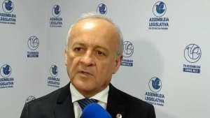 Branco Mendes cobra investigação contra irmão do prefeito de Pedras de Fogo que invadiu assentamento e retirou trator à força