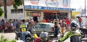 Prefeito de Areia autoriza aglomerações com reabertura do comércio e mantém igrejas fechadas