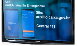Auxílio emergencial: Caixa orienta clientes e diz que não é preciso madrugar na filas