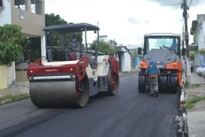 """""""MAIS ASFALTO"""": Prefeitura de Bayeux asfalta anel viário do Mercado da Imaculada, e investe mais de meio milhão de reais na infraestrutura da cidade"""