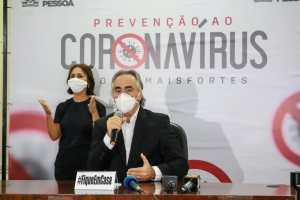 Cartaxo anuncia retorno das atividades esportivas profissionais, libera funcionamento de escritórios e a circulação dos ônibus