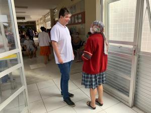 Ruy Carneiro celebra duplicação da quimioterapia no Hospital Napoleão Laureano