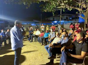 Nilvan conversa com moradores do Geisel e apresenta ações que serão desenvolvidas na gestão